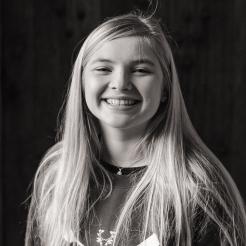 Anna Manning, 18